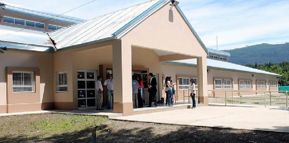 Más de 600 mil pesos para obras menores en escuelas de El Bolsón
