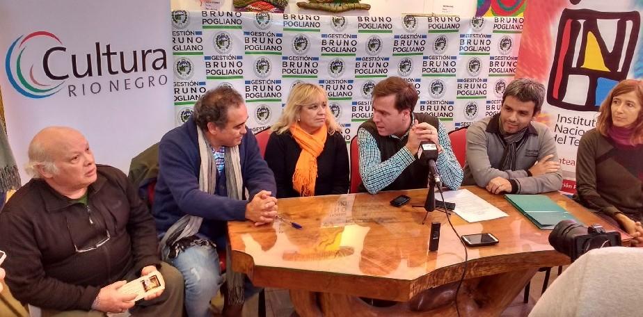 Resultado de imagen para Fiesta Provincial del Teatro en El Bolsón