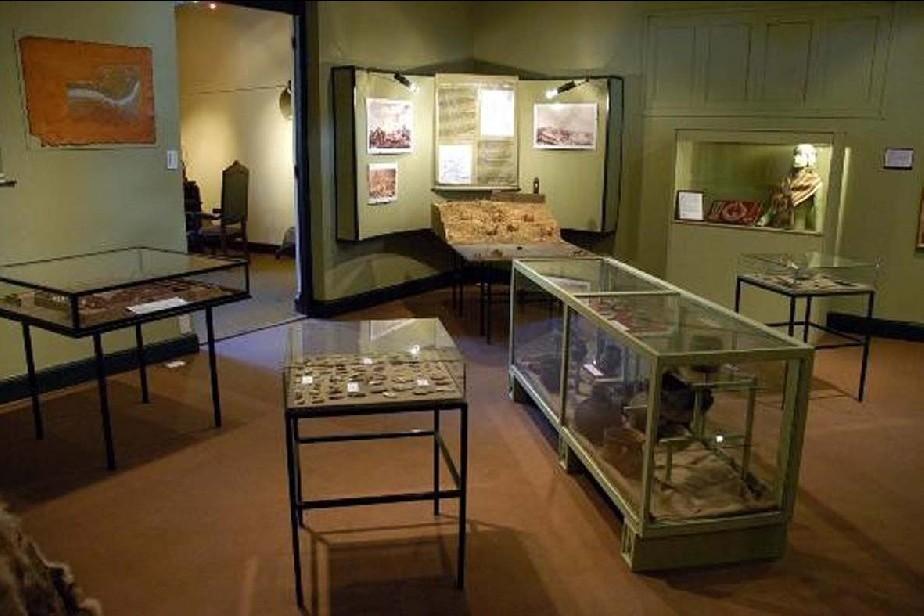 Resultado de imagen para Museo Gobernador Eugenio Tello de la capital provincial.