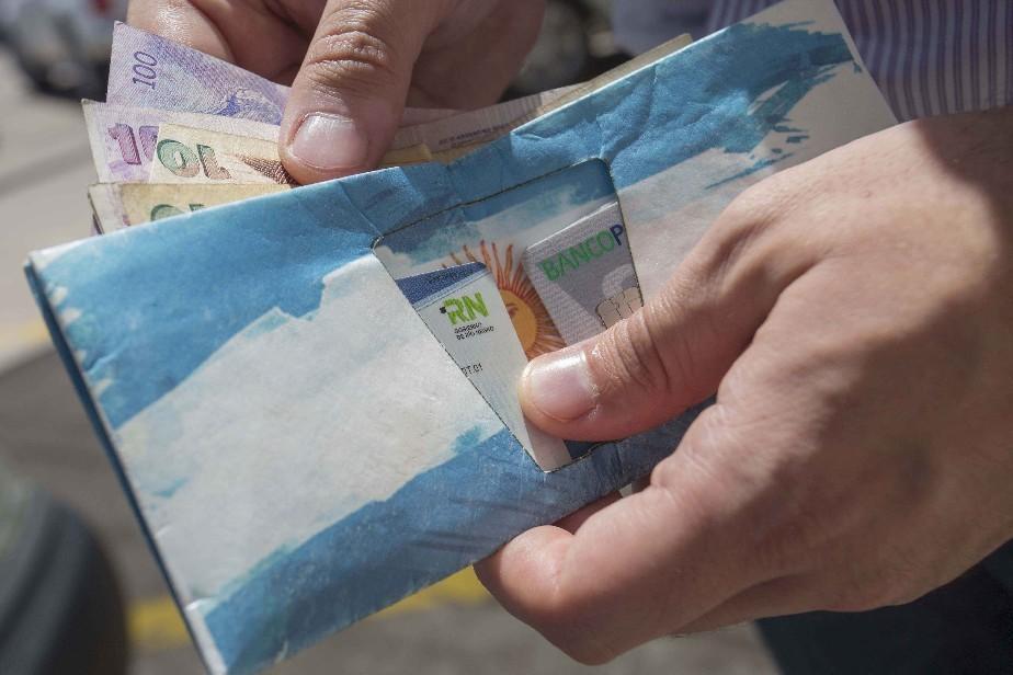 Continúa el cronograma de pago a estatales rionegrinos