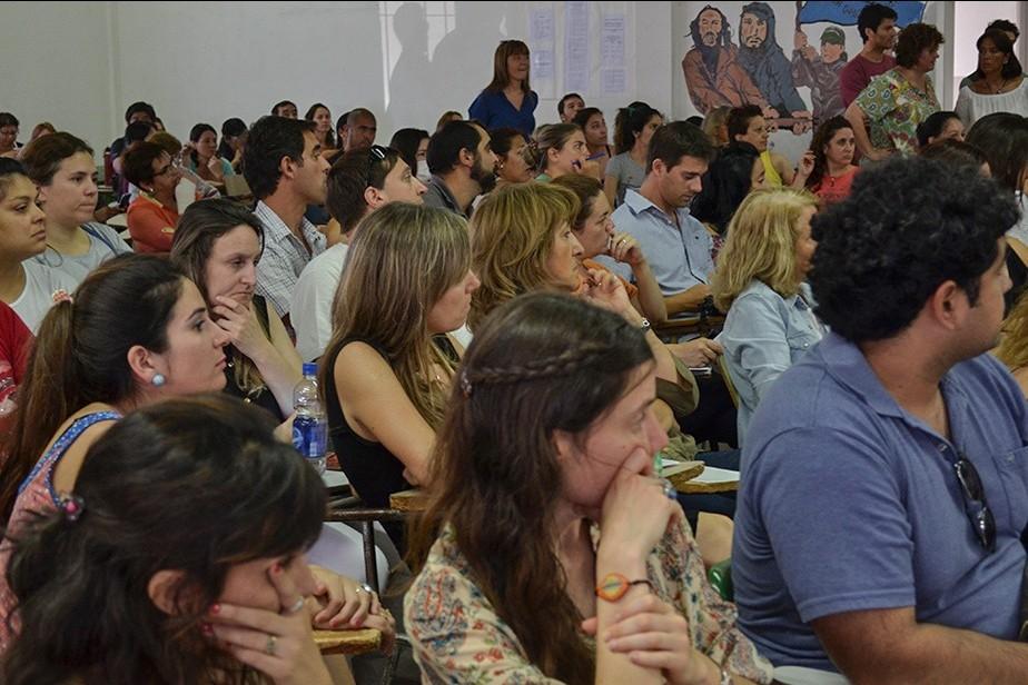 Educación refuerza la estabilidad laboral de los docentes de la ESRN