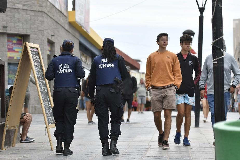 Río Negro actualizará los salarios de policías y personal del Servicio Penitenciario