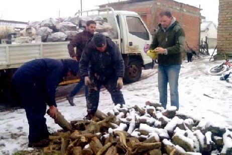 Plan Calor: el martes comienza la entrega de leña a las familias rionegrinas