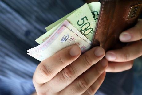 Mañana se paga indumentaria a todos los empleados públicos de la Provincia