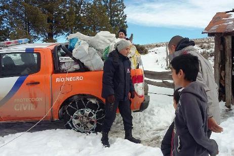 Sigue la asistencia a las familias más afectadas por el frío